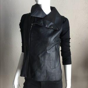 Echo faux leather & knit vest black
